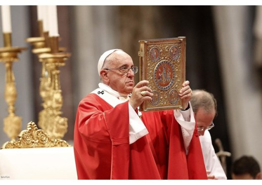 pope francis at mass of peter and paul