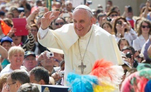 Pope Francis twitter detail